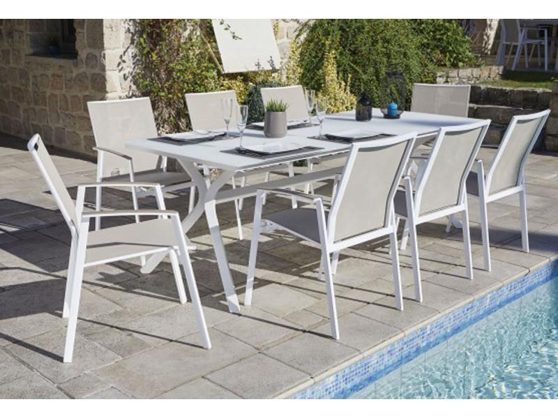 Ensemble de jardin de 8 fauteuils empilables + 1 table en ...