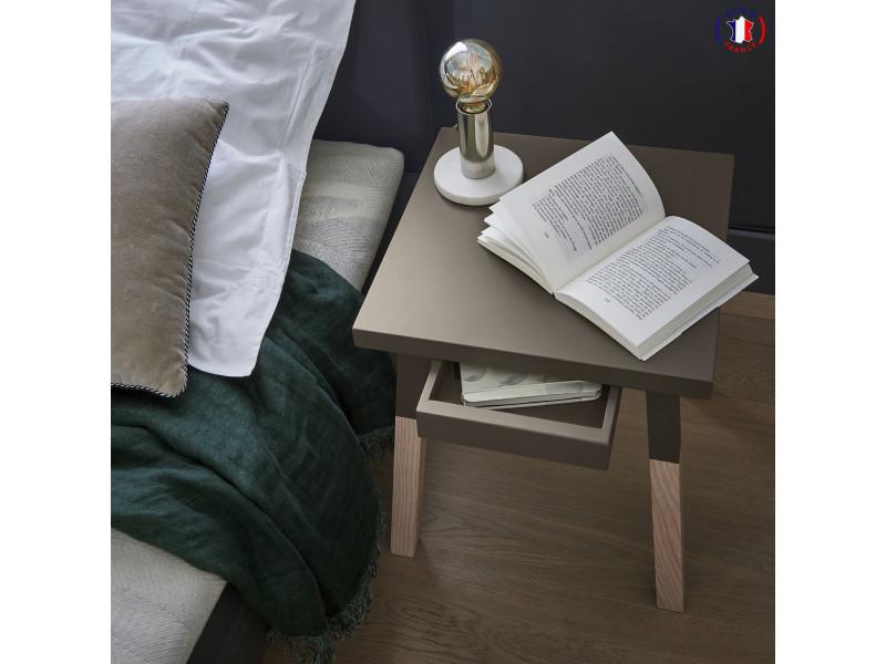 2 chevets laqués, 1 tiroir en frêne 35x35 cm gris chocolat tanis - 100% fabrication française