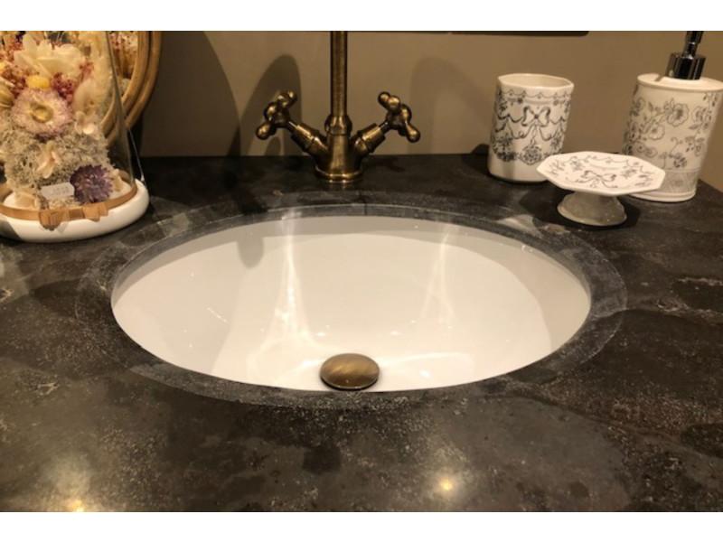 Meuble de salle de bain en bois persiennes double vasque - Meuble vasque salle de bain conforama ...